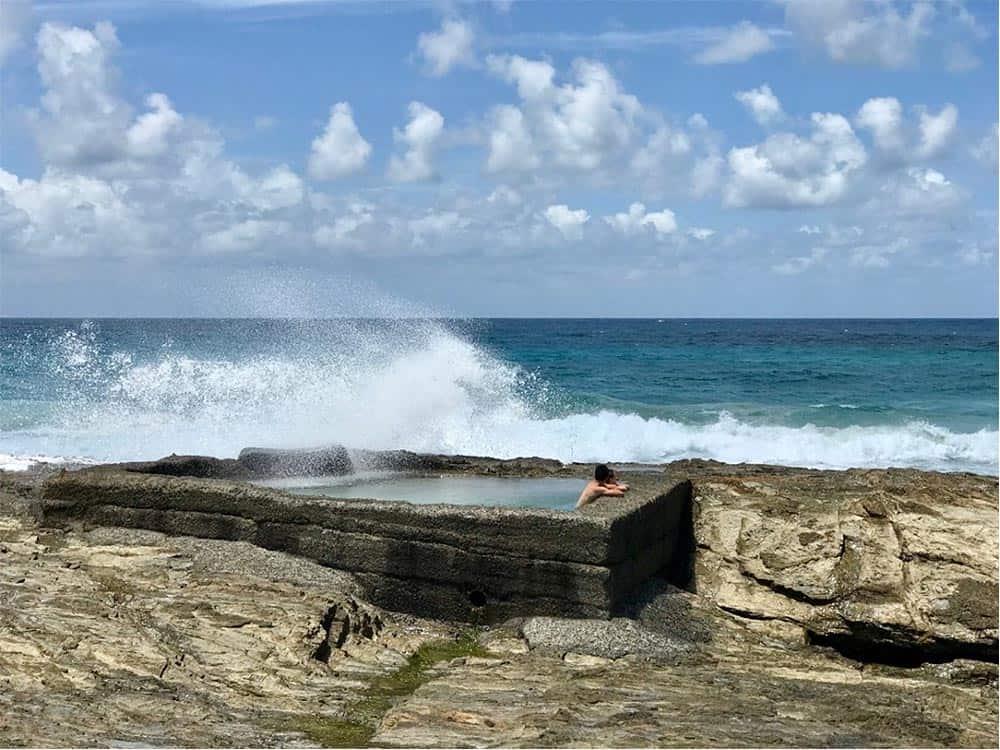 Snapper-Rocks-Wave-Pools